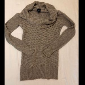 American Eagle Cowlneck Sweater